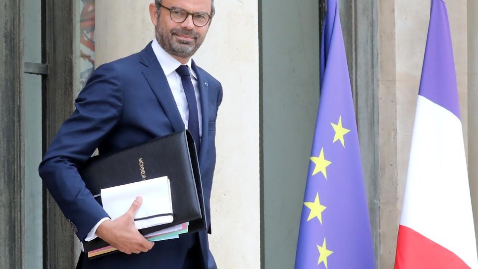 Le ministre de l'Intérieur par intérim, Édouard Philippe, sort de l'Élysée à Paris, le 3 octobre 2018