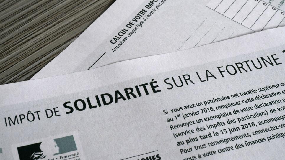 Un formulaire d'Impôt de Solidarité sur la Fortune (ISF), le 15 octobre 2016