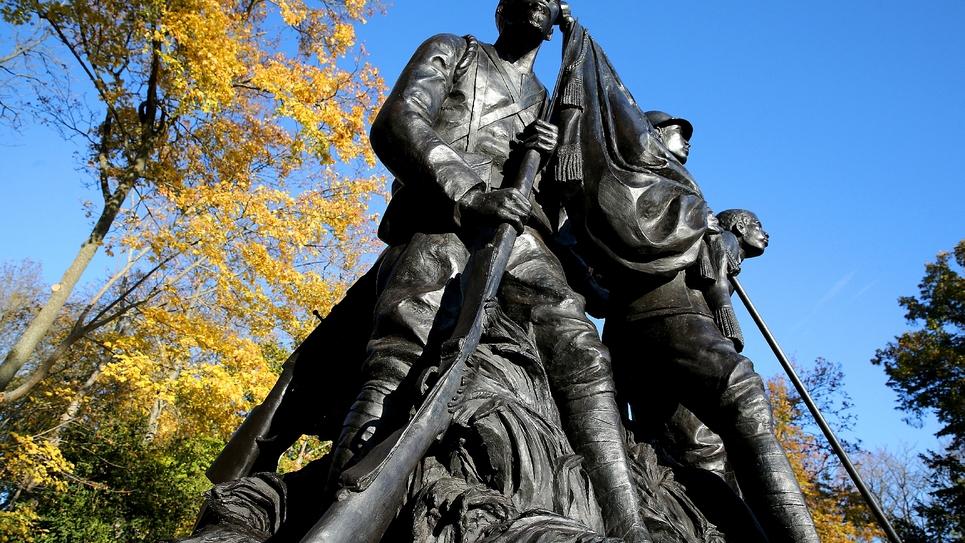 Monument aux héros de l'Armée noire à Reims, photo du 5 novembre 2018