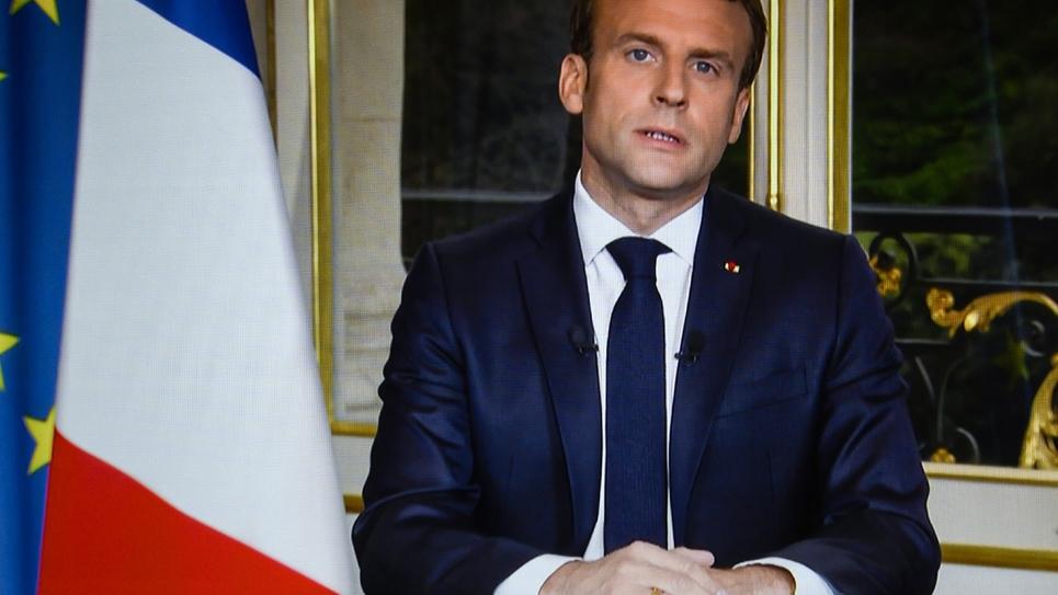 Portrait d'Emmanuel Macron lors de son discours télévisé depuis l'Elysée, à Paris le 16 avril 2019