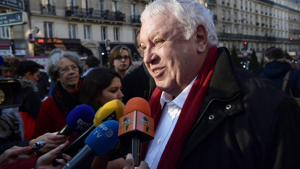 Gérard Filoche s'adresse à des journalistes, le 17 décembre 2016, à Paris