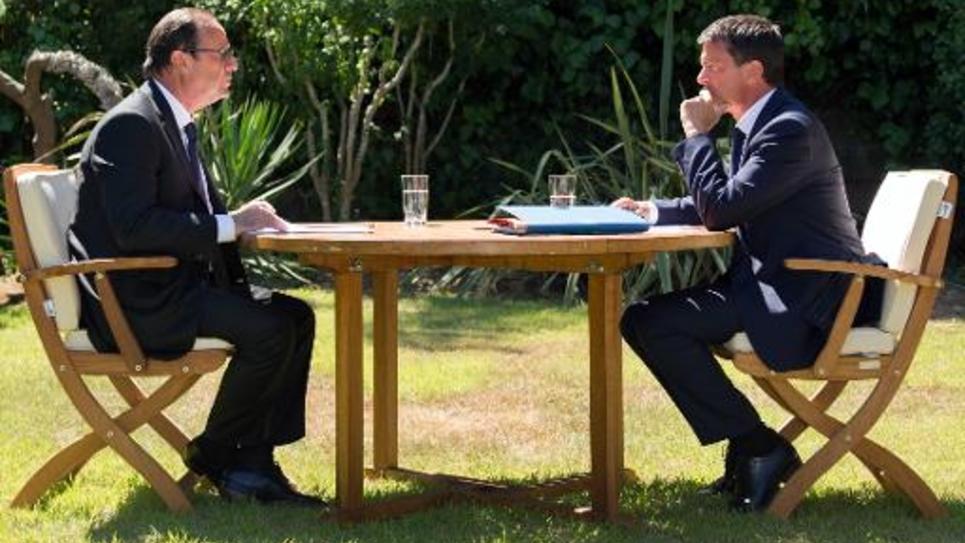Le président François Hollande et le Premier ministre Manuel Valls préparent la rentrée de septembre, lors d'une rencontre au Fort de Brégançon, le 15 août 2014