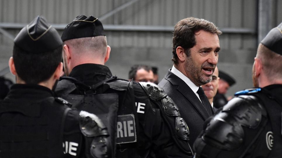 Le ministre de l'Intérieur, Christophe Castaner, en visite au centre d'entraînement de la gendarmerie de Saint-Astier, le 15 mars 2019