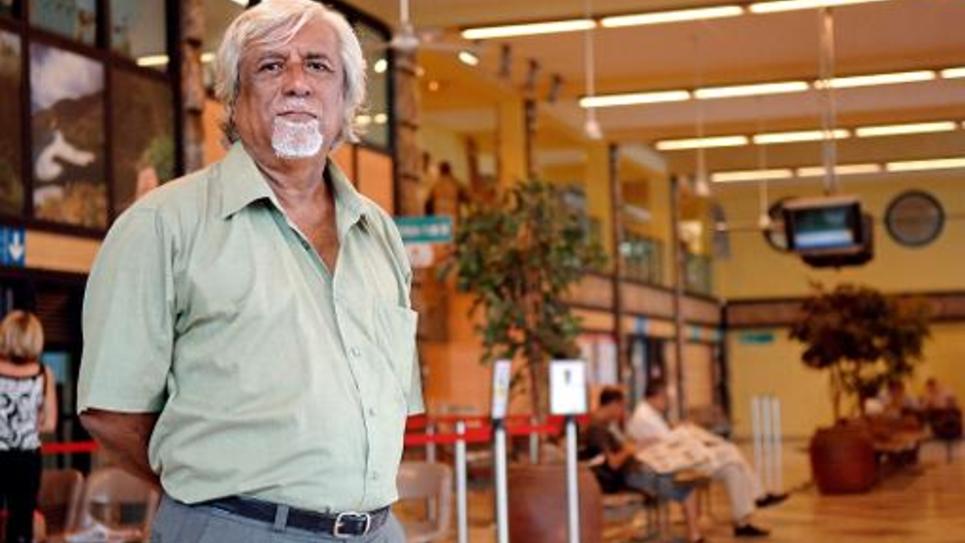 Nidoish Naisseline, pionnier de la revendication identitaire kanak, photo prise en 2008 à l'aéroport de Magenta à Tontouta