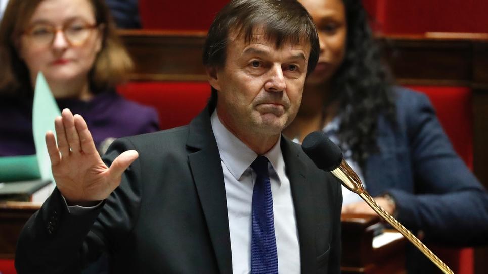 Le ministre de la Transition écologique et solidaire Nicolas Hulot répond à la question d'un député à l'Assemblée nationale, le 19 décembre 2017