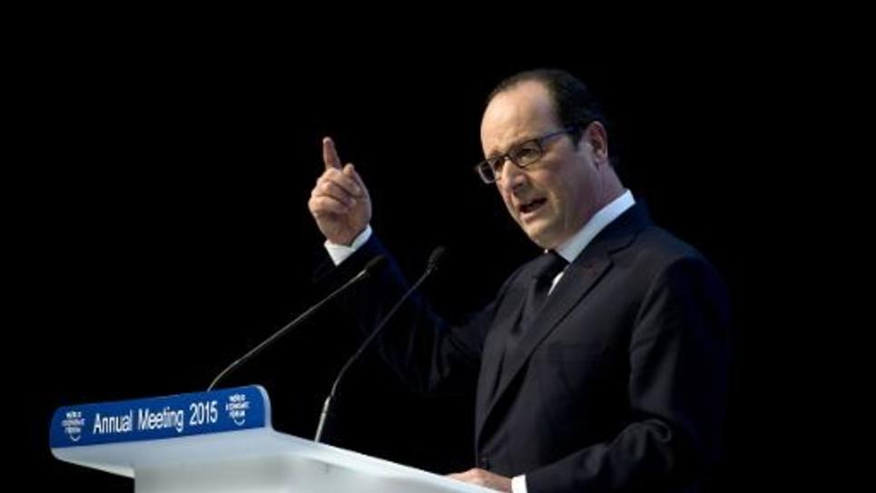 Le président François Hollande prononce un discours au forum économique mondial de Davos, le 23 janvier 2015