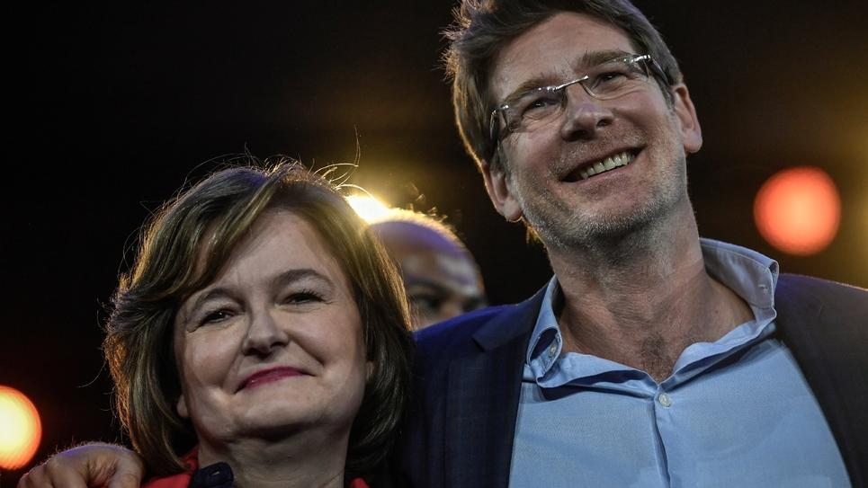 Nathalie Loiseau et l'écologiste Pascal Canfin, à la tête de la liste La République En Marche (LREM), à Aubervilliers, le 30 mars 2019