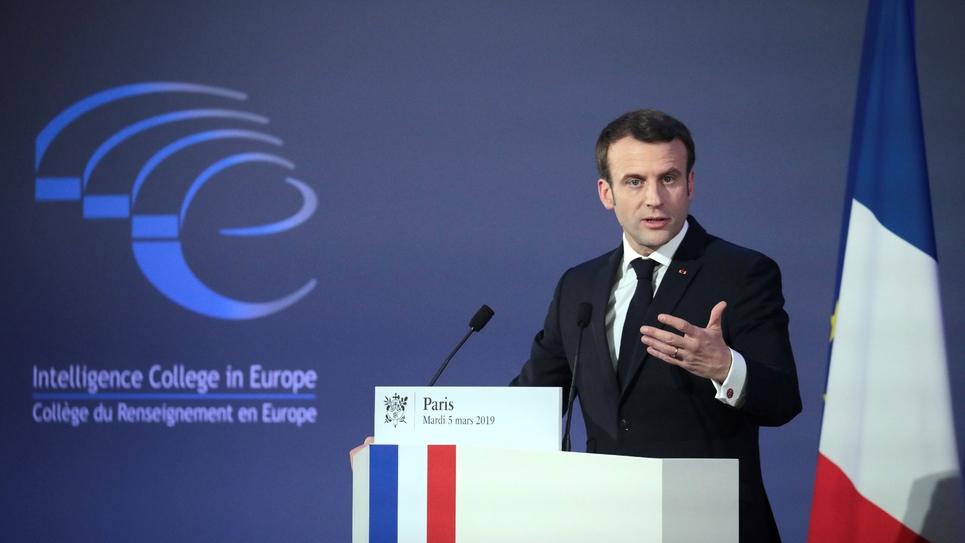 Le président Emmanuel Macron lors d'un discours à la session inaugurale du Collège du renseignement en Europe, le 5 mars 2019 à Paris