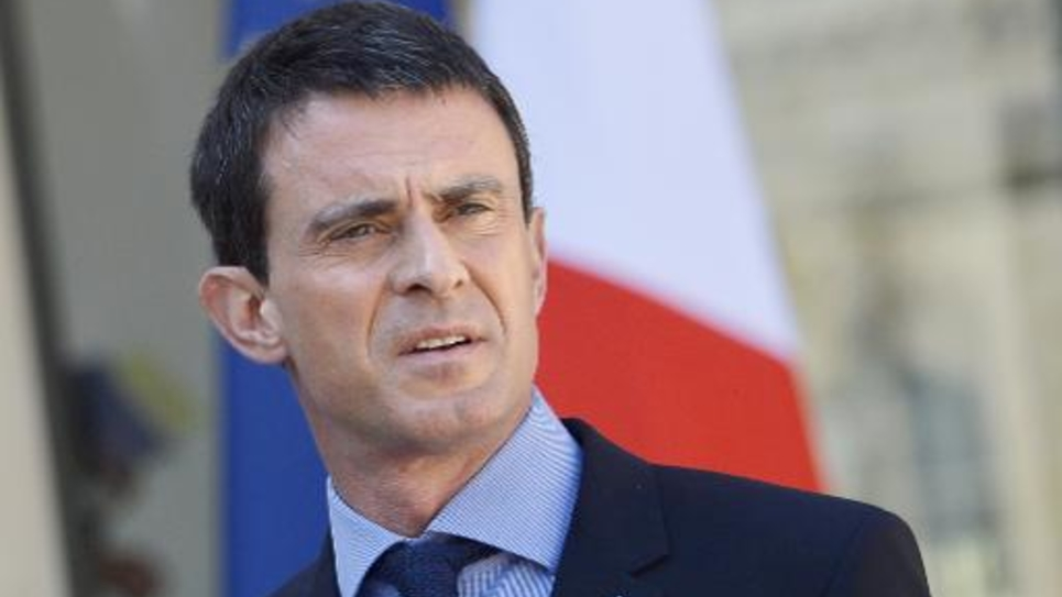 Le Premier ministre Manuel Valls sur le perron de l'Elysée à l'issue du Conseil des ministres le 22 avril 2015