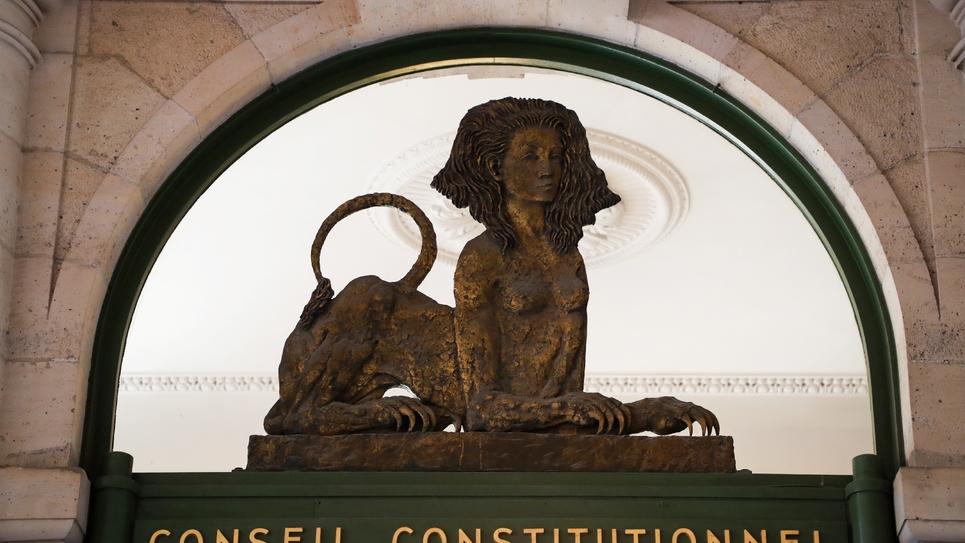 """Le Conseil constitutionnel a censuré vendredi l'essentiel de la loi LREM prévoyant des """"mesures de sûreté"""" pour les détenus terroristes sortant de prison"""