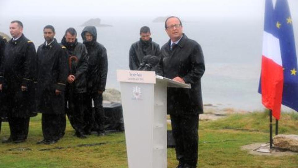François Hollande sur l'île de Sein, le 25 août 2014