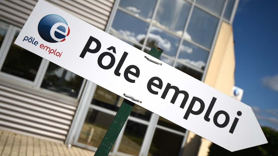 La lutte contre le chômage redevient la première préoccupation des Français à moins de cinq mois du 1er tour de l'élection présidentielle