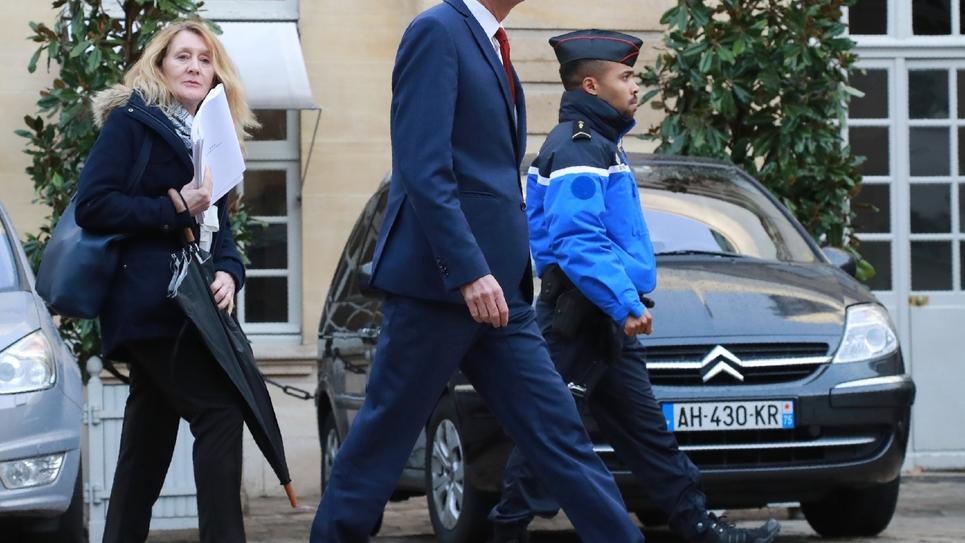 Nicolas Dupont-Aignan lors de son arrivée à Martignon le 3 décembre 2018