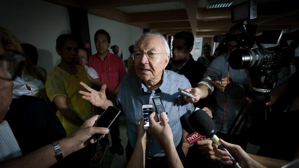 L'ancien président de Polynésie, Gaston Flosse, pris en photo à Papeete le 25 février 2016, avait appelé à voter pour Marine Le Pen