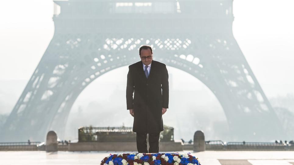 Le président François Hollande lors d'une cérémonie d'hommages aux victimes de la Seconde guerre mondiale, à Paris, le 10 décembre 2016