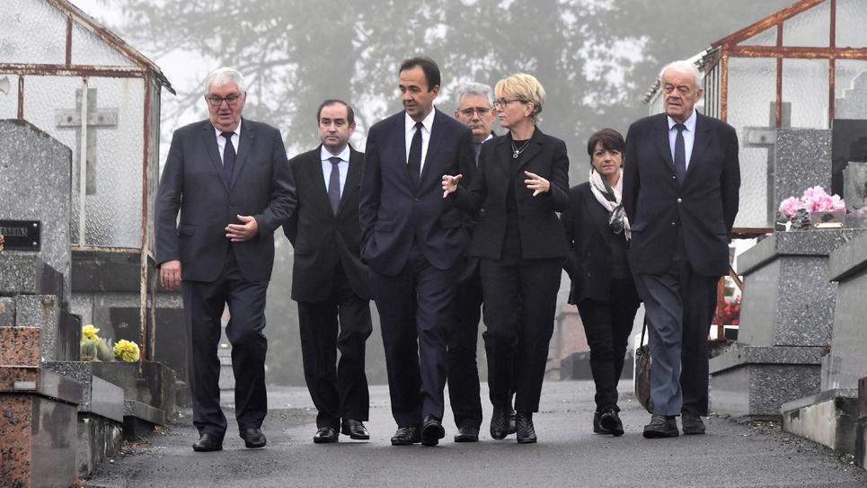 Hommage à Jacques Chirac, au cimetière de Sainte-Féréole, en Corrèze, le 5 octobre 2019