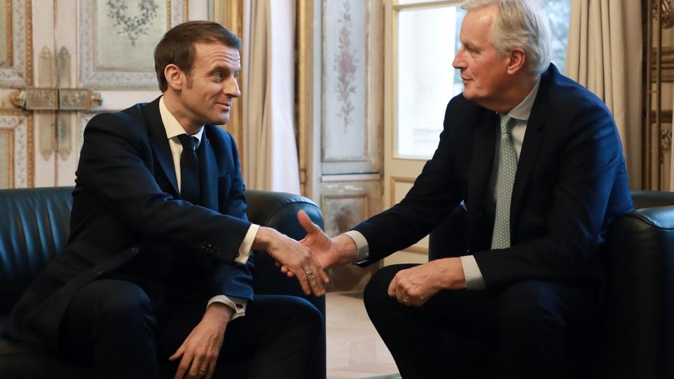 Emmanuel Macron et le négociateur européen Michel Barnier à Paris quelques heures avant le départ effectif du Royaume-Uni, à l'Elysée, le 31 janvier 2020