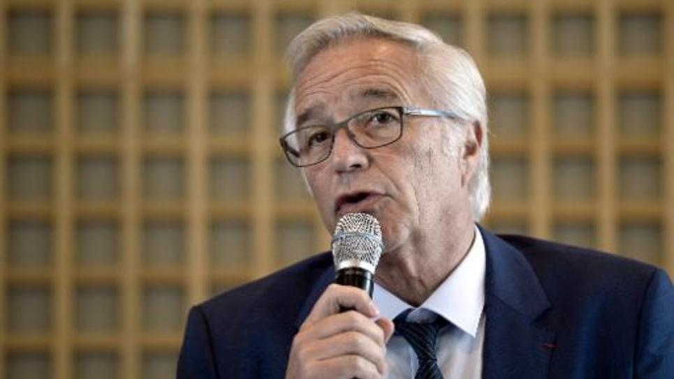 Le ministre du Travail François Rebsamen, lors d'une conférence de presse, à Paris, le 22 mai 2014