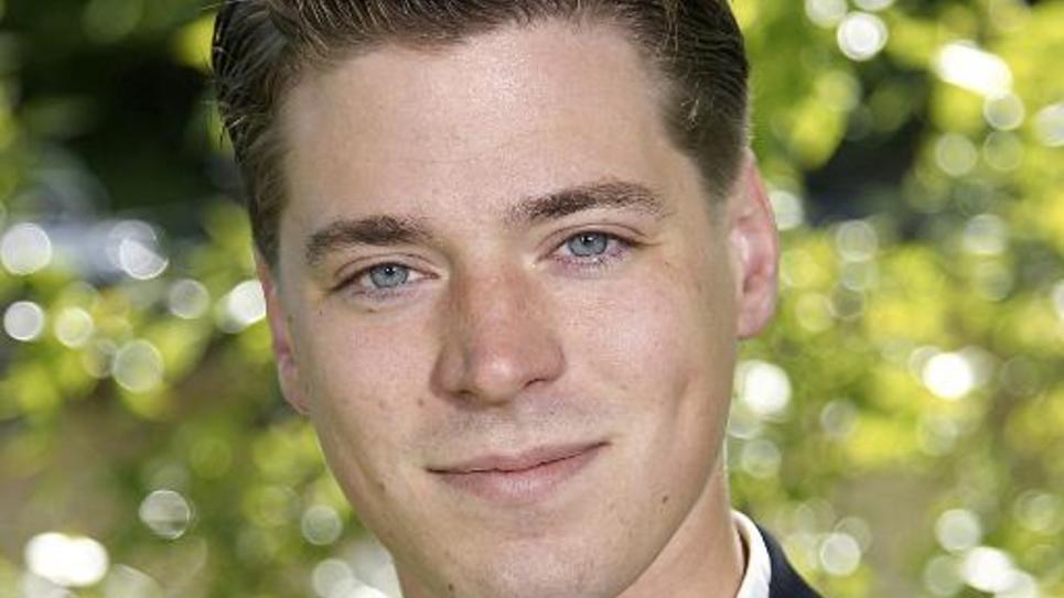 Hravn Forsne, homme politique suédois de 25 ans, dit être le fils de François Mitterand
