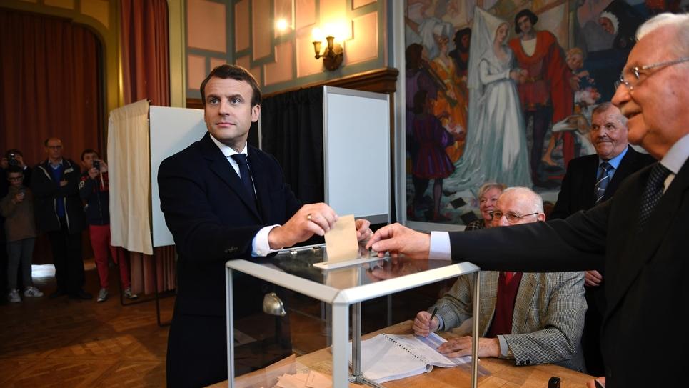 Macron ou le pen la france élit son nouveau président public senat