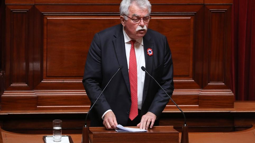 Le député communiste André Chassaigne portera le 31 juillet 2018 la motion de censure pour les trois groupes de gauche de l'Assemblée nationale (socialistes, communistes, Insoumis)