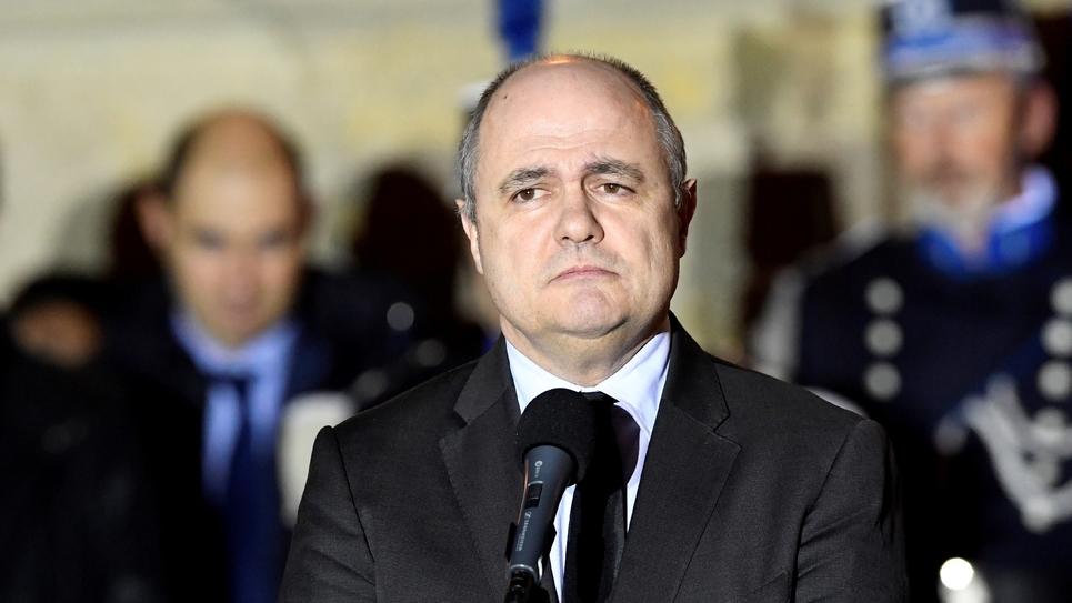 Le nouveau ministre de l'Intérieur Bruno Le Roux lors de la passation de pouvoirs à Matignon, le 6 décembre 2016