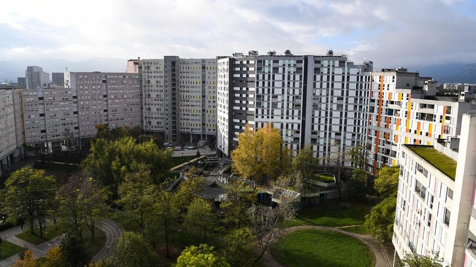 La galerie de l'Arlequin, emblématique ensemble architectural des années 70 à Grenoble, le 24 octobre 2019.