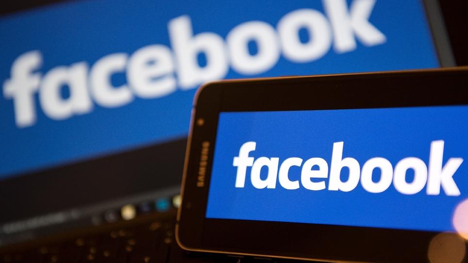 Encore plus qu'en 2012, Facebook, Twitter et YouTube sont devenus incontournables: 38% des Français s'informent aujourd'hui par internet, dont 17% par les réseaux sociaux, Facebook en tête, selon une enquête de Médiamétrie auprès de 3.000 personnes.