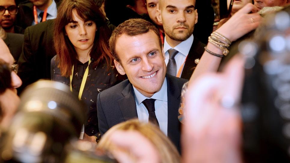 L'ancien ministre de l'Économie Emmanuel Macron à Paris, le 2 février 2017 au Salon des Entrepreneurs