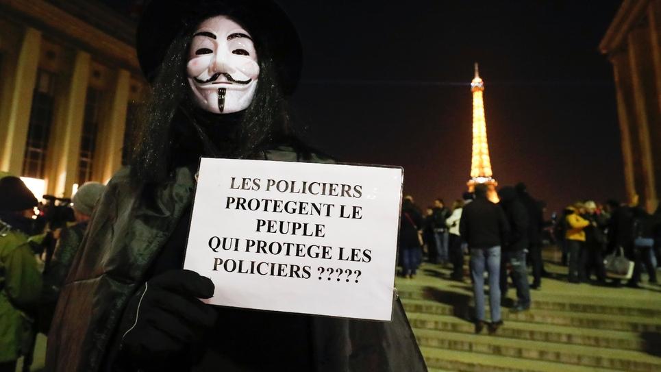 Policiers rassemblés lors d'une manifestation place du Trocadéro à Paris lors d'une manifestation le 11 novembre 2016