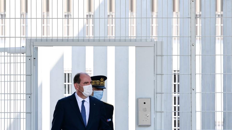Le Premier ministre Jean Castex visite le chantier de construction d'une prison, à Lutterbach, le 20 avril 2021