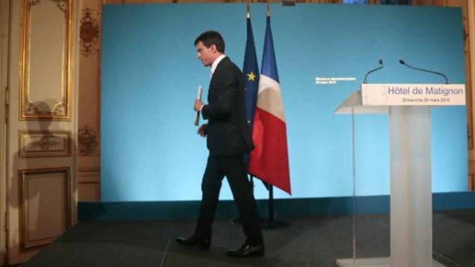 Manuel Valls après une déclaration à l'Hotel de Matignon le 29 mars 2015 au soir des résultats du 2e tour des élections départementales
