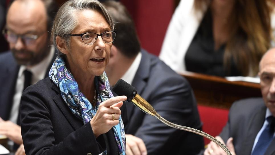 La ministre des Transports, Elisabeth Borne, à l'Assemblée nationale le 10 avril 2018.