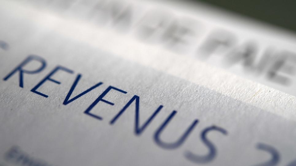 """La ministre de la Cohésion des territoires, Jacqueline Gourault, propose que chaque Français paye l'impôt sur le revenu, """"même un euro"""""""