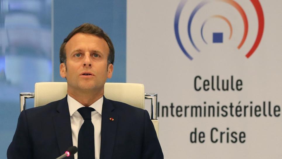 Le président Emmanuel Macron lors d'une visio-conférence avec les préfets, le 13 mai 2020 à Paris