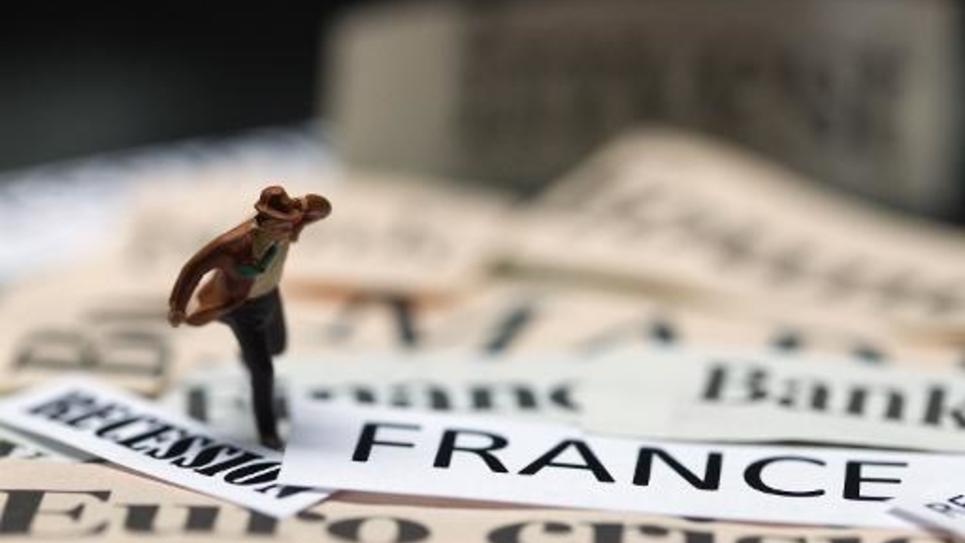 Sept Français sur dix attribuent au gouvernement, plutôt qu'à la situation économique européenne, l'augmentation annoncée du déficit public en 2014, selon un sondage Tilder/LCI/OpinionWay