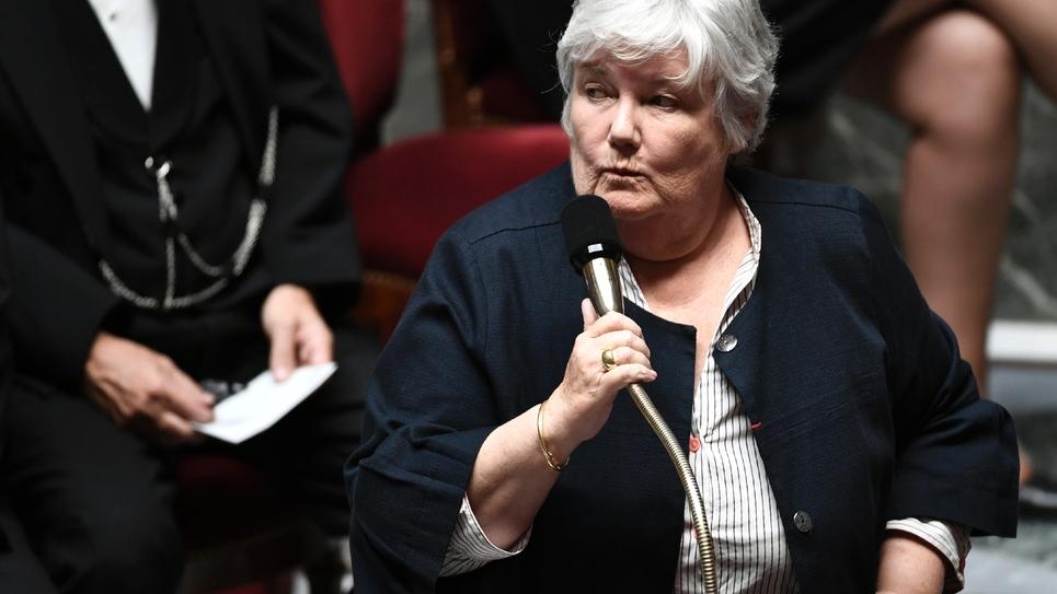 La ministre de la Cohésion des territoires Jacqueline Gourault à l'Assemblée nationale le 16 octobre 2018