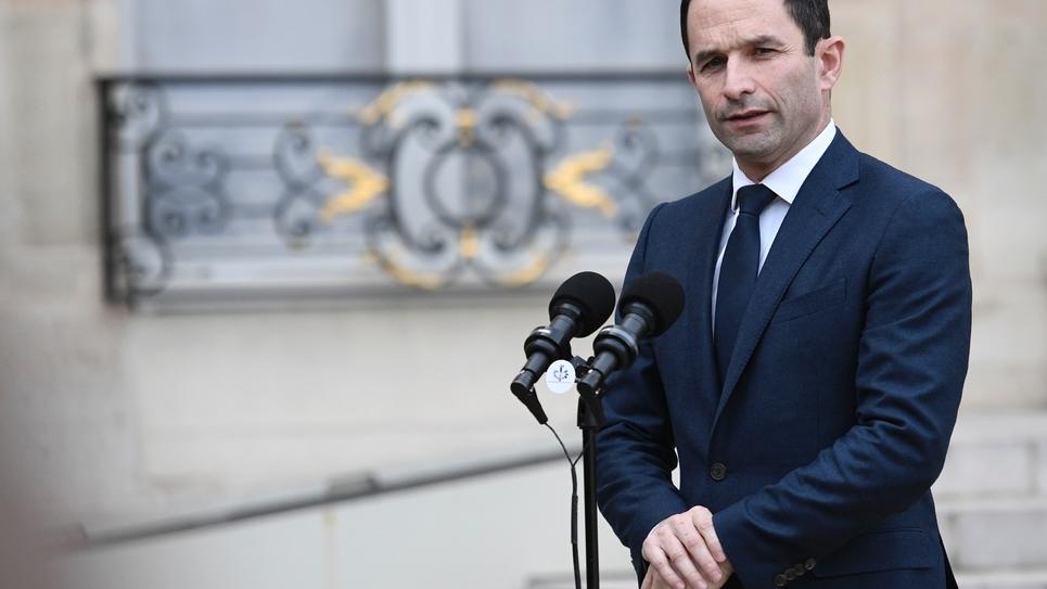Benoît Hamon parle à la presse après avoir été reçu à l'Elysée le 2 février 2017