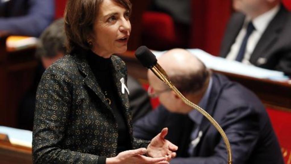 La ministre française de la Santé Marisol Touraine lors de questions au gouvernement à l'Assemblée nationale à Paris le 25 novembre 2014