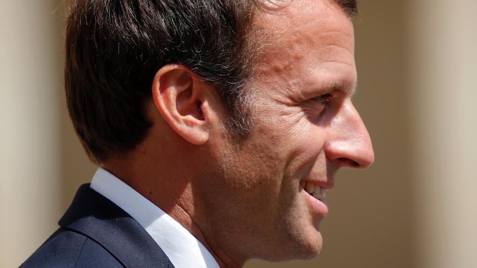 Emmanuel Macron lors d'une cérémonie aux Invalides, le 8 juillet à Paris
