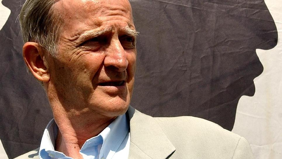 Edmond Siméoni leader du mouvement autonomiste corse le 8 août 2004