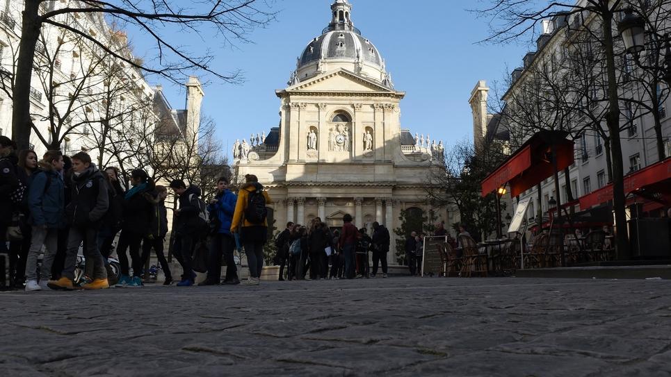 Le bâtiment historique de l'université de la Sorbonne à Paris, le 5 mars 2015