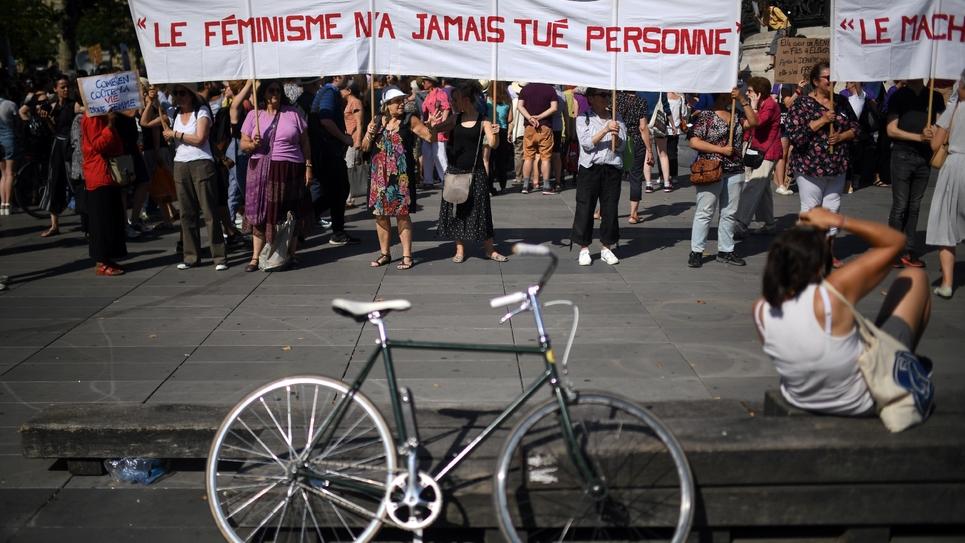 Manifestation Place de la République à Paris contre les féminicides, le 6 juillet 2019