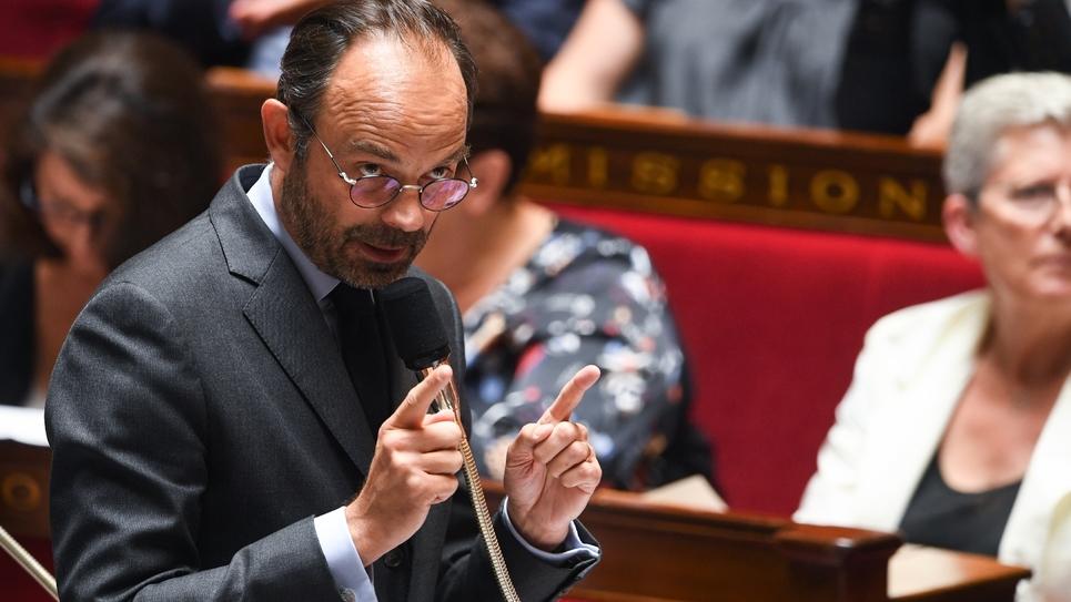 Le Premier Ministre français Edouard Philippe répond aux questions des députés à l'Assemblée Nationale le 3 juillet 2018