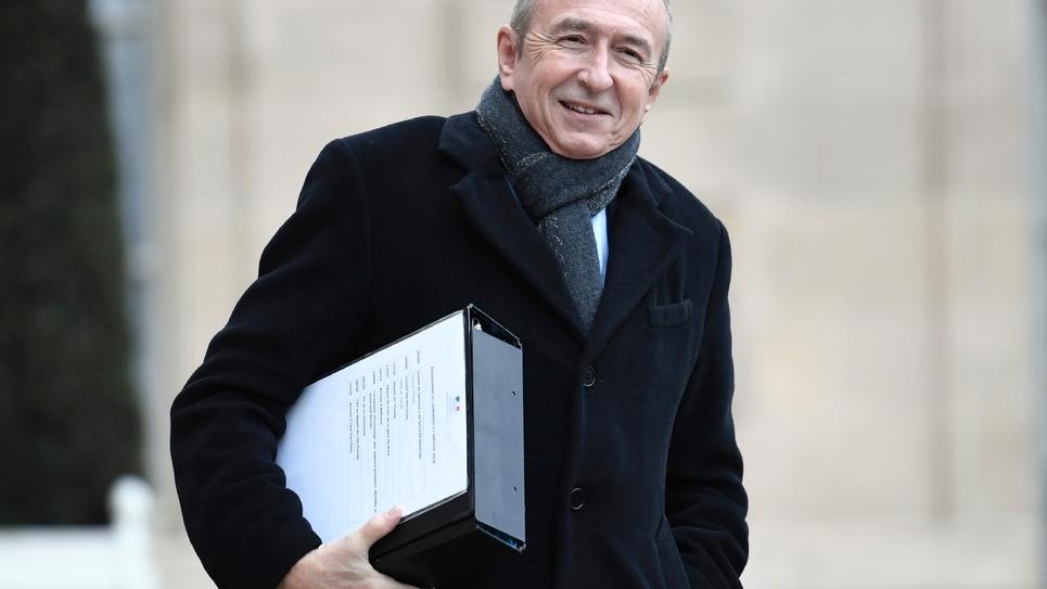 Le ministre de l'Intérieur Gérard Collomb sort de l'Elysée à Paris le 12 janvier 2018