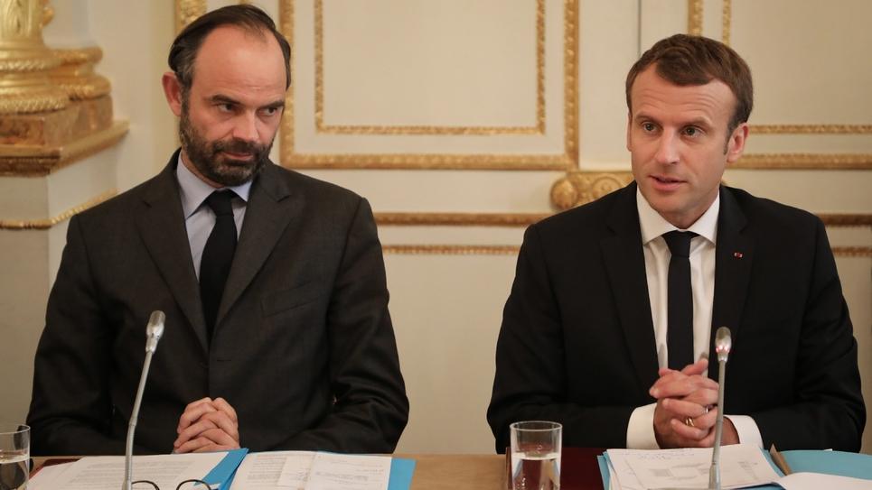 Le président Emmanuel Macron et le Premier ministre Edouard Philippe lors d'une réunion avec des élus calédoniens, le 30 octobre 2017 à l'Elysée, à Paris