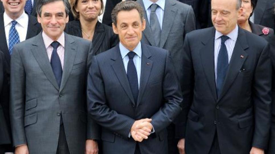 (de g à d) François Fillon, Nicolas Sarkozy et Alain Juppé, le 17 novembre 2010 à l'Elysée, à Paris