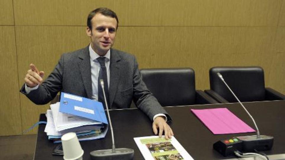 Le ministre de l'Economie Emmanuel Macron présente sa loi sur la croissance et l'activité devant une commission spéciale à l'Assemblée nationale, à Paris, le 16 décembre 2014