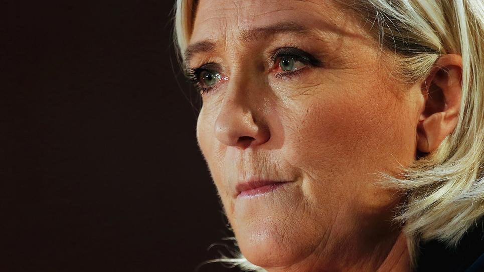 Marine Le Pen en meeting à Saint-Ebremond-de-Bonfosse le 9 février 2019