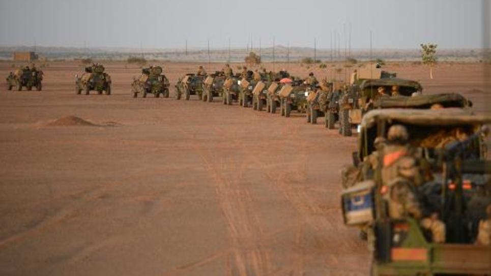 Un convoi de l'armée française près de Gao au Mali, le 2 novembre 2013